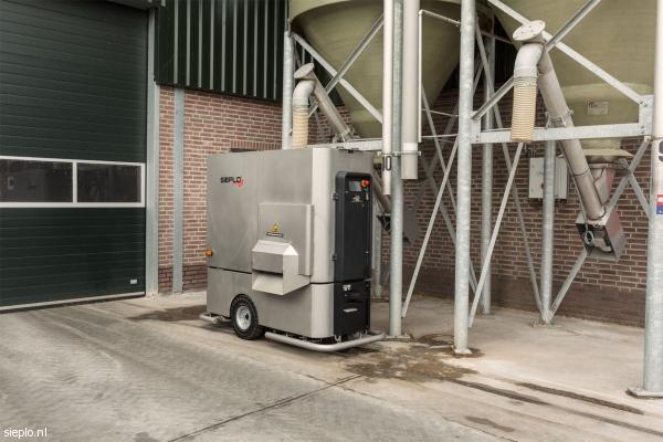 Mezclador Unifeed de alimentación automática.